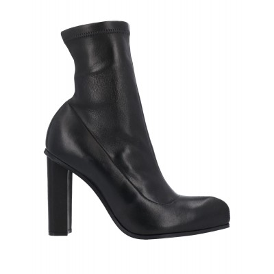 ALEXANDER MCQUEEN Cut Off comfortable - Women Ankle boots Soft Leather FA8T01022